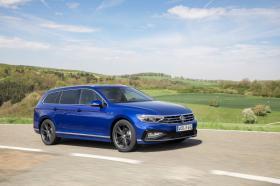 Ver foto 9 de Volkswagen Passat Variant R-Line 2019
