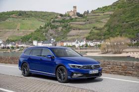 Ver foto 13 de Volkswagen Passat Variant R-Line 2019