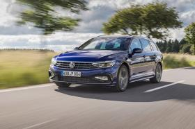 Ver foto 16 de Volkswagen Passat Variant R-Line 2019