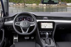 Ver foto 37 de Volkswagen Passat Variant R-Line 2019