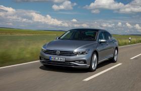 Ver foto 8 de Volkswagen Passat Highline (B8) 2019