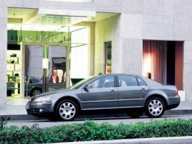 Ver foto 38 de Volkswagen Phaeton 2002