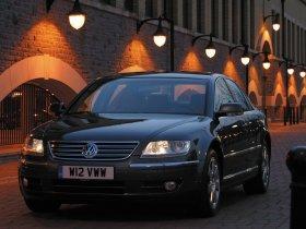 Ver foto 3 de Volkswagen Phaeton 2002