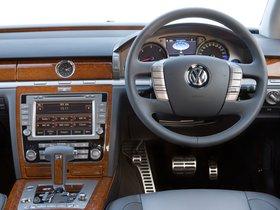 Ver foto 12 de Volkswagen Phaeton V6 TDi UK 2010