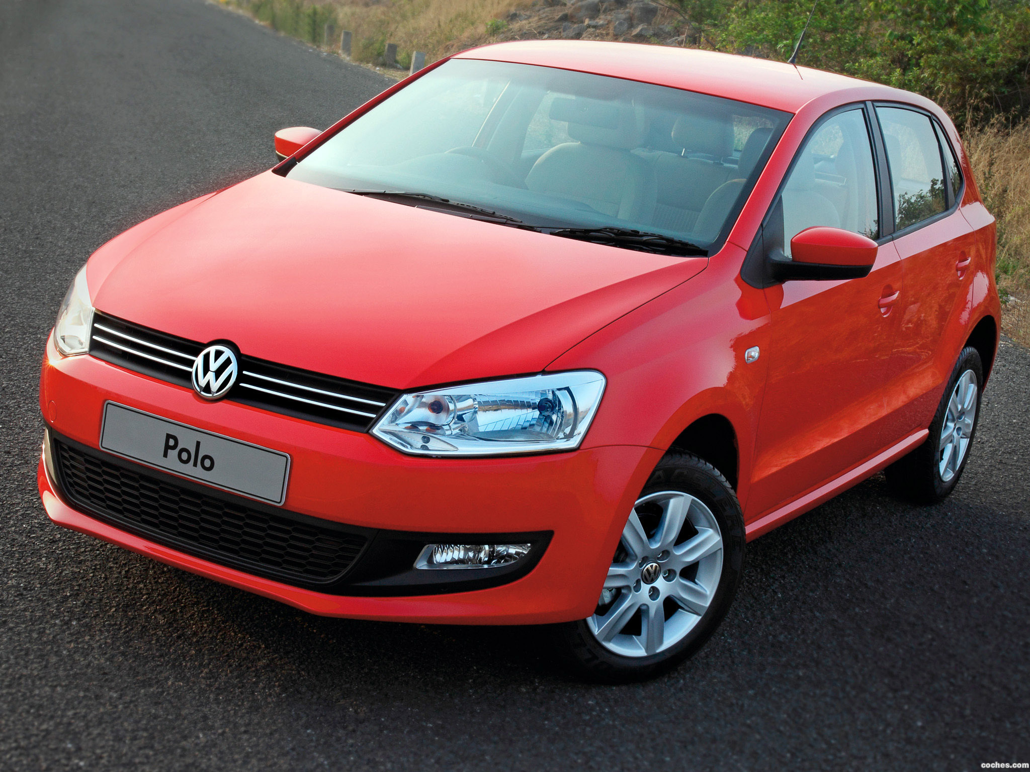 Foto 0 de Volkswagen Polo 5 door India 2010