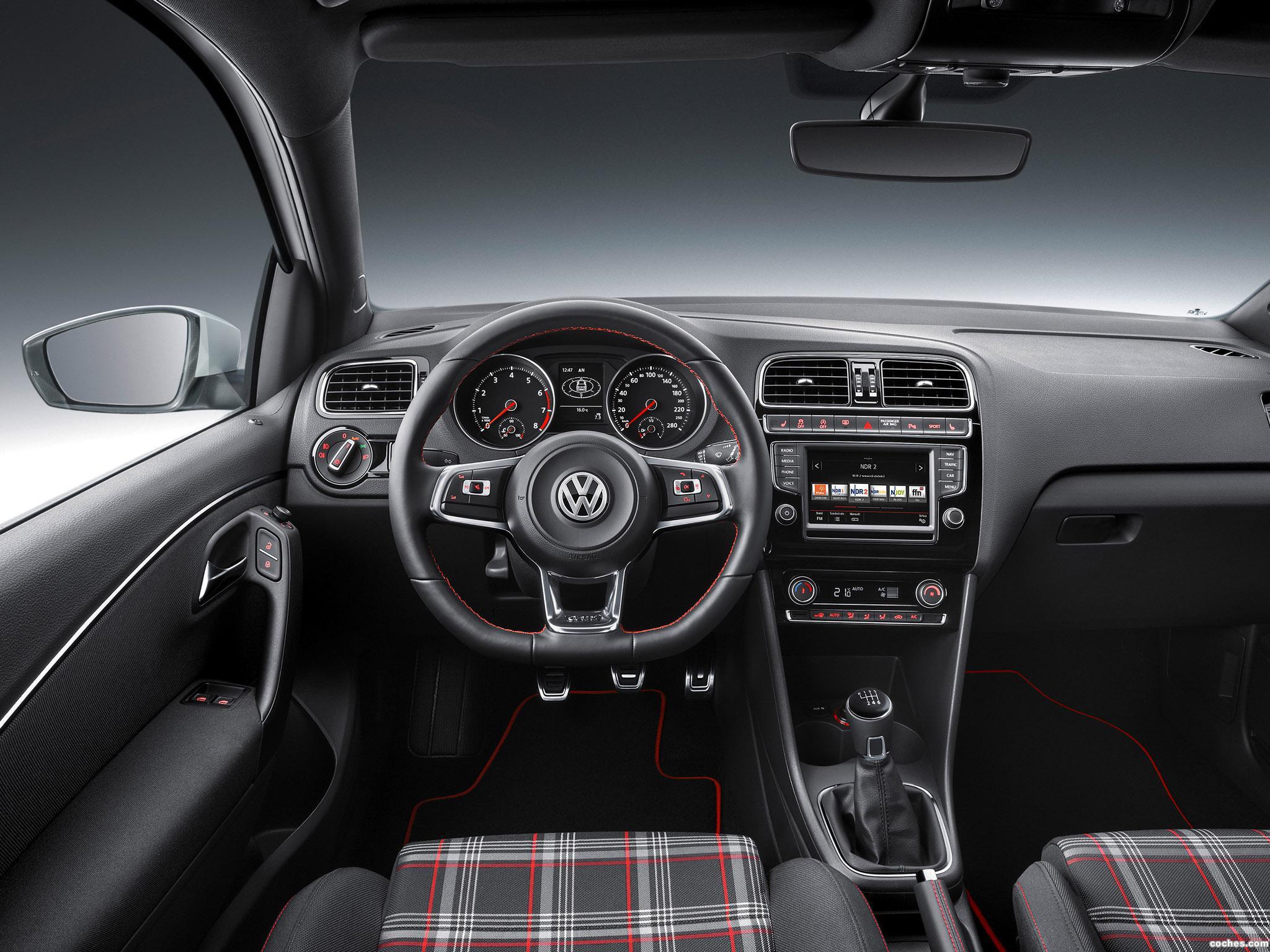 Foto 12 de Volkswagen Polo GTI 3 puertas 2014