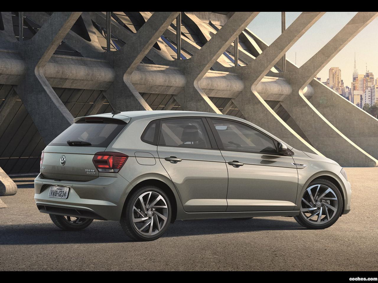 Foto 7 de Volkswagen Polo Highline  2017