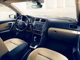 Ver foto 5 de Volkswagen Polo Sedan 2015