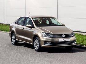 Ver foto 24 de Volkswagen Polo Sedan 2015