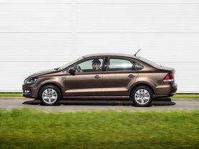Ver foto 20 de Volkswagen Polo Sedan 2015