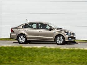 Ver foto 17 de Volkswagen Polo Sedan 2015