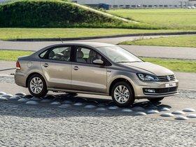 Ver foto 12 de Volkswagen Polo Sedan 2015