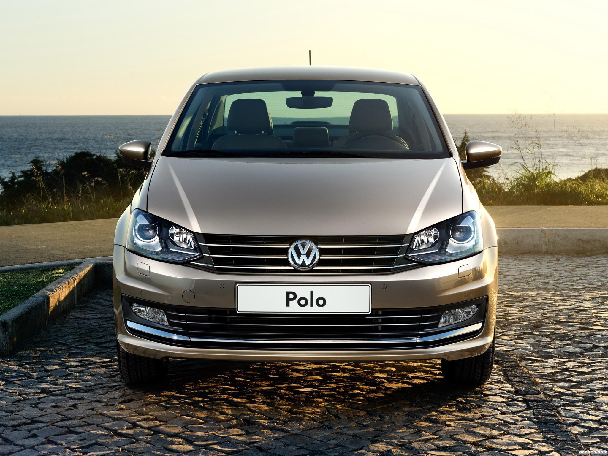 Foto 27 de Volkswagen Polo Sedan 2015