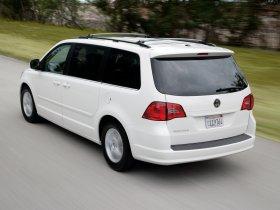 Ver foto 10 de Volkswagen Routan 2008
