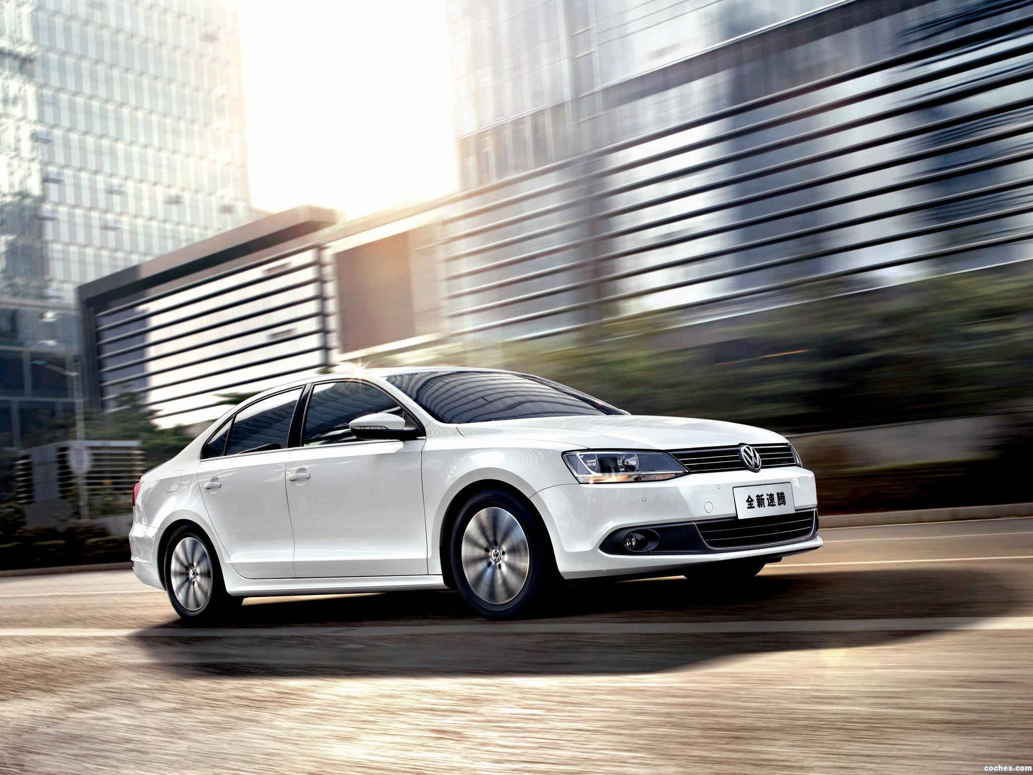 Foto 0 de Volkswagen Sagitar 2012