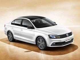 Ver foto 1 de Volkswagen Sagitar Edition 25 2016