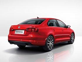 Ver foto 2 de Volkswagen Sagitar GLI 2013