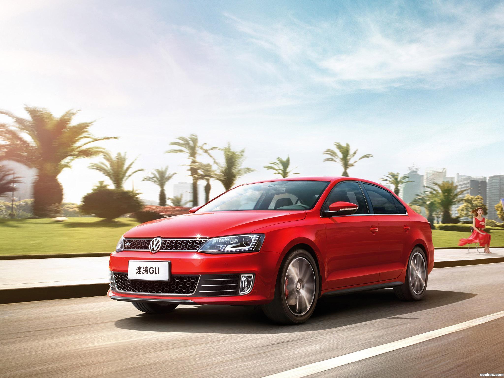 Foto 0 de Volkswagen Sagitar GLI 2013
