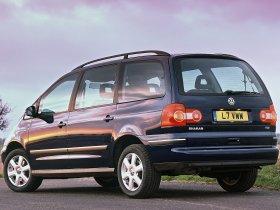 Ver foto 2 de Volkswagen Sharan 2.0 TDI UK 2004