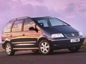 Fotos de Volkswagen Sharan 2.0 TDI UK 2004