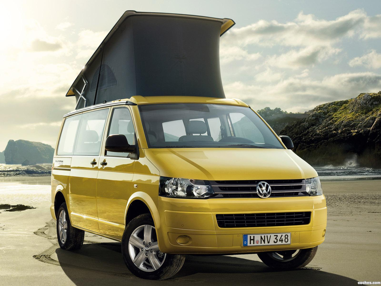 fotos de volkswagen transporter t5 california beach 2011. Black Bedroom Furniture Sets. Home Design Ideas