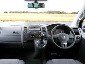 Ver foto 7 de Volkswagen T5 Caravelle UK 2009