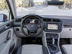 Ver foto 30 de Volkswagen Tiguan 2015