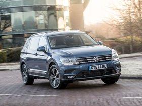 Fotos de Volkswagen Tiguan Allspace UK  2018