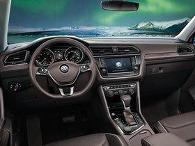 Ver foto 12 de Volkswagen Tiguan L China  2017