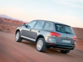 Ver foto 42 de Volkswagen Touareg 2003