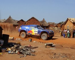 Ver foto 3 de Volkswagen Touareg Dakar 2004