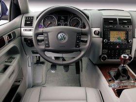 Ver foto 30 de Volkswagen Touareg V6 TDI 2006