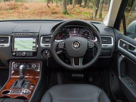 Ver foto 25 de Volkswagen Touareg V6 TDI UK 2014