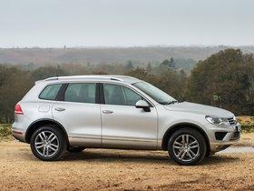Ver foto 10 de Volkswagen Touareg V6 TDI UK 2014