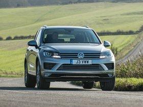 Ver foto 19 de Volkswagen Touareg V6 TDI UK 2014