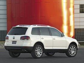 Ver foto 10 de Volkswagen Touareg V8 2007