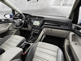Ver foto 32 de Volkswagen Touran 2015
