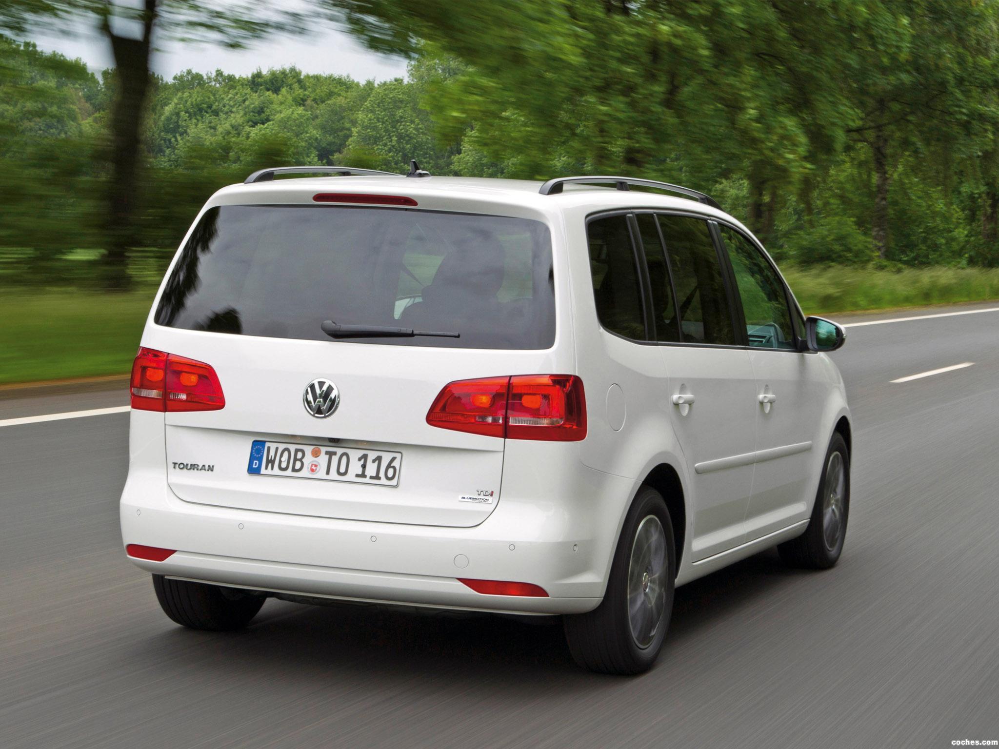Foto 2 de Volkswagen Touran BlueMotion 2010