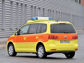 Ver foto 2 de Volkswagen Touran Notarzt 2010