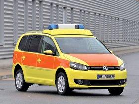 Fotos de Volkswagen Touran Notarzt 2010