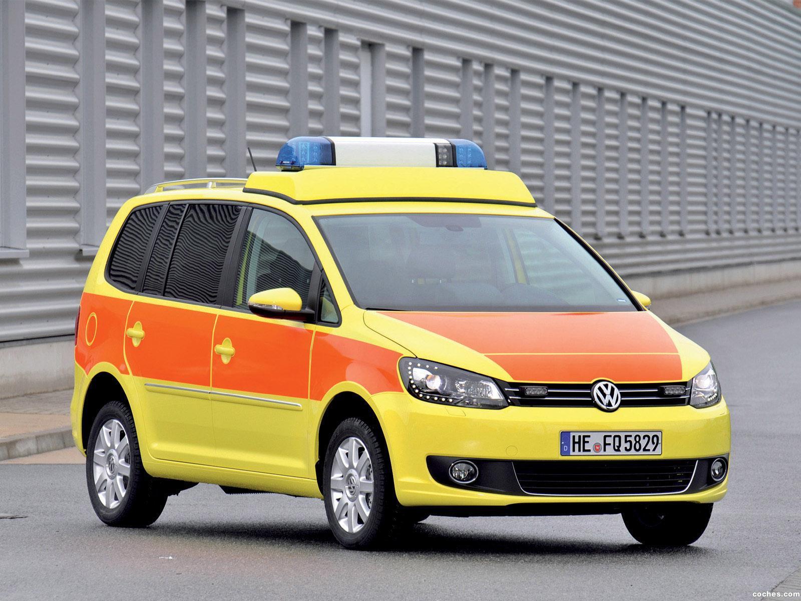 Foto 0 de Volkswagen Touran Notarzt 2010