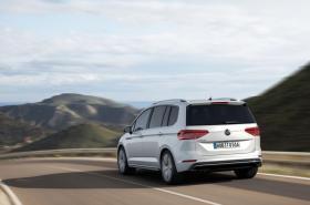 Ver foto 3 de Volkswagen Touran R-Line 2015