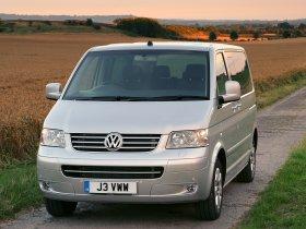 Ver foto 1 de Volkswagen Transporter T5 2003