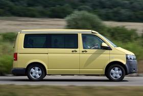 Fotos de Volkswagen Transporter T5 California 2011