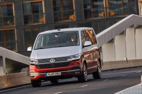 Ver foto 22 de Volkswagen Multivan Bulli T6.1 2019