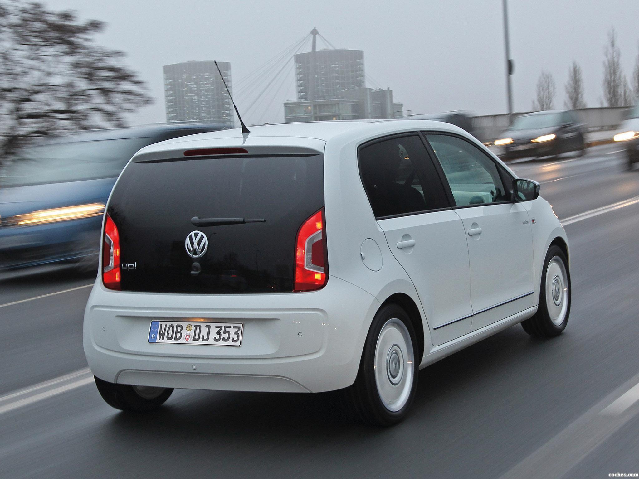 Foto 4 de Volkswagen Up! White 5 puertas 2012