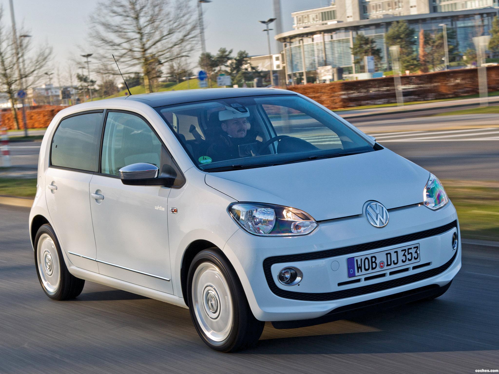 Foto 1 de Volkswagen Up! White 5 puertas 2012