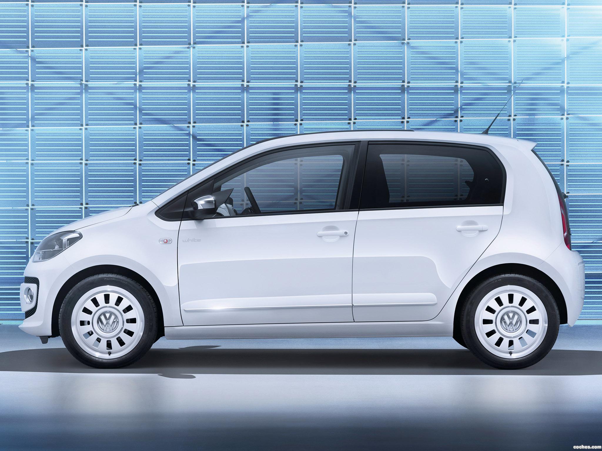 Foto 12 de Volkswagen Up! White 5 puertas 2012