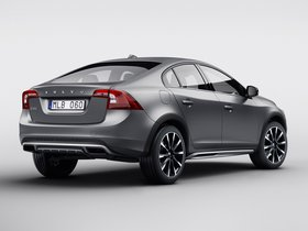 Ver foto 2 de Volvo S60 Cross Country 2015