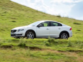 Ver foto 14 de Volvo S60 Cross Country UK 2015